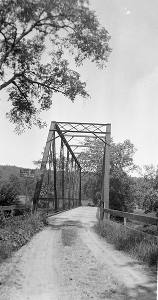 Pomfret Landing Cotton Bridge Sept 1904 over the Q river