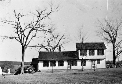 Ephraim Ingalls Tavern before Roof was raised008